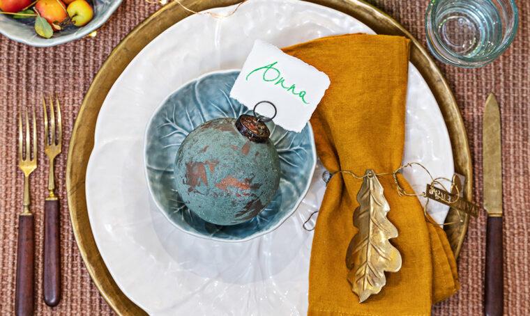 Come realizzare la boule di Natale effetto ossidato