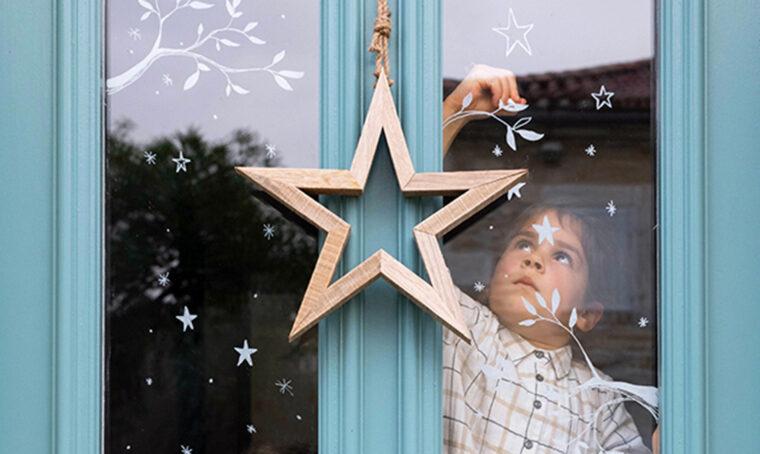 Natale: decora le finestre con i pennarelli cancellabili per vetro