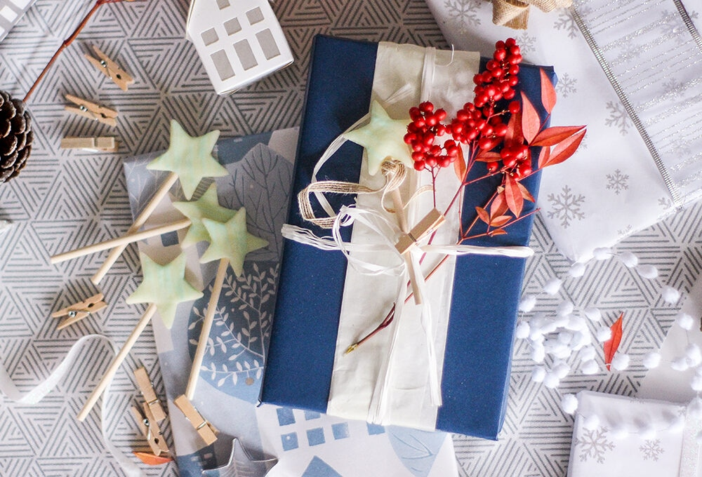 Stelle di pasta di mais per decorare i pacchetti di Natale