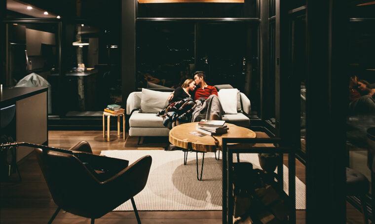 10 idee per arredare il salotto in inverno