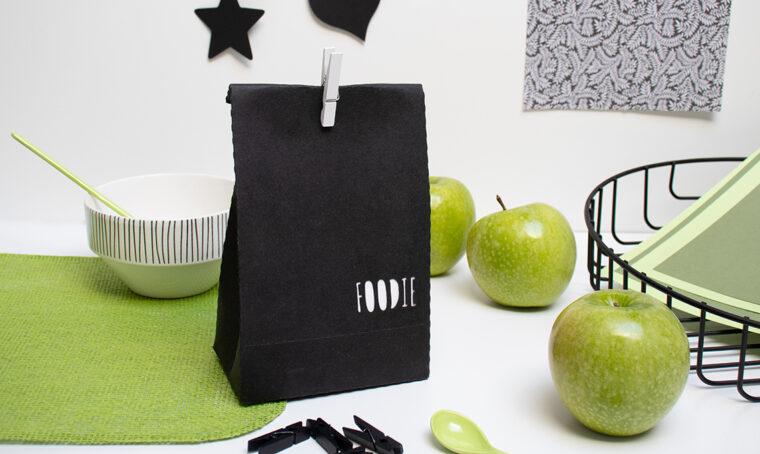 Crea la lunch box in cuoio vegano