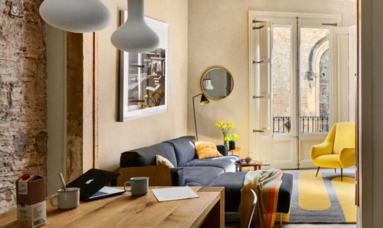 Gli ingredienti base per un soggiorno in stile contemporaneo