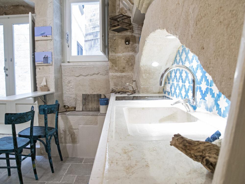 30mq per una mini casa vacanze dal sapore antico